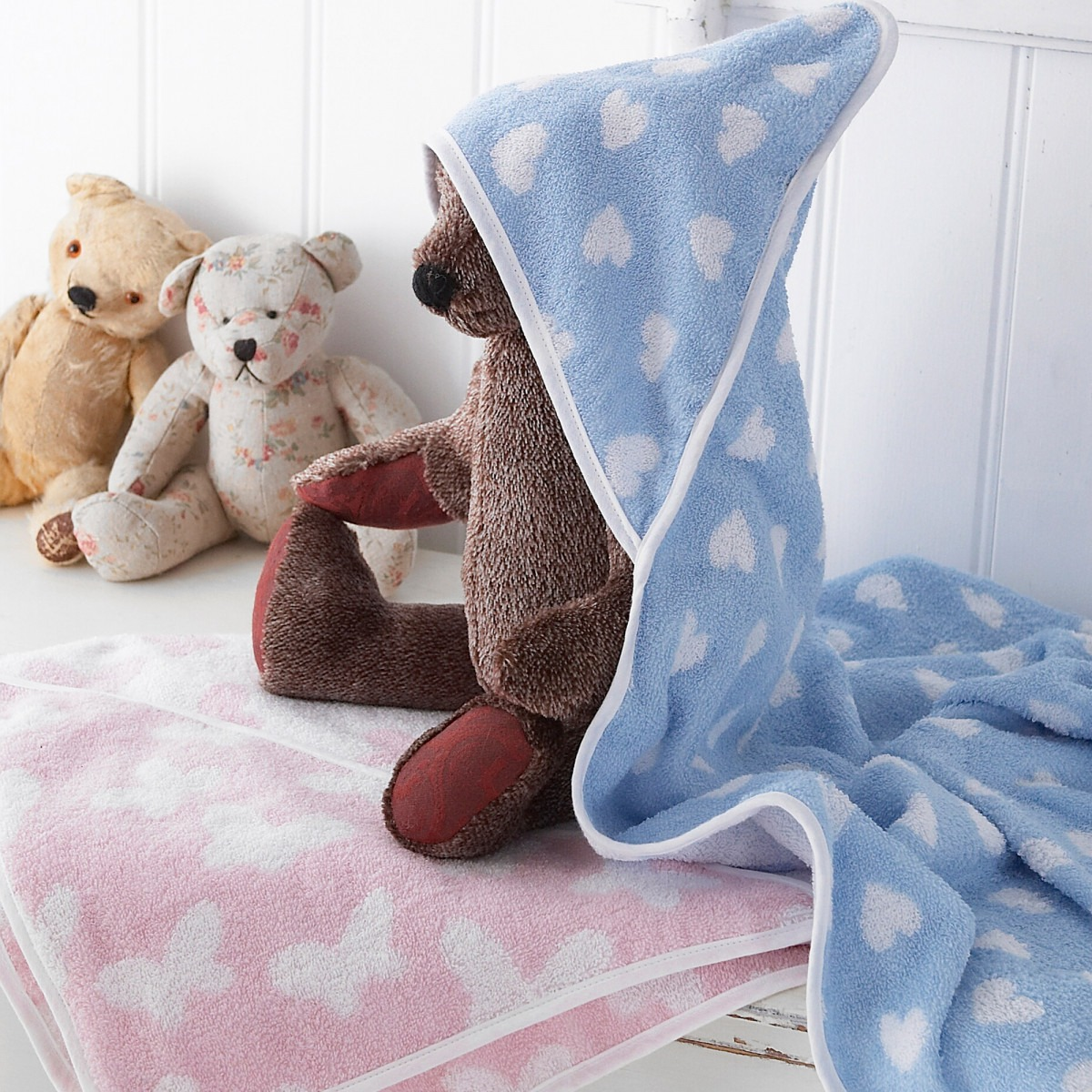 Pink Butterfly & Blue Heart Hooded Towels
