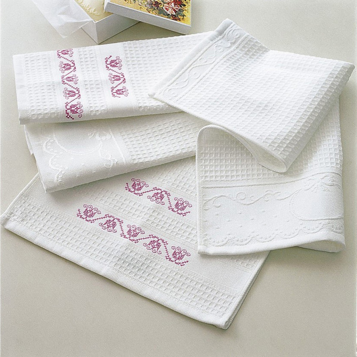 Cotton Waffle Guest Towels