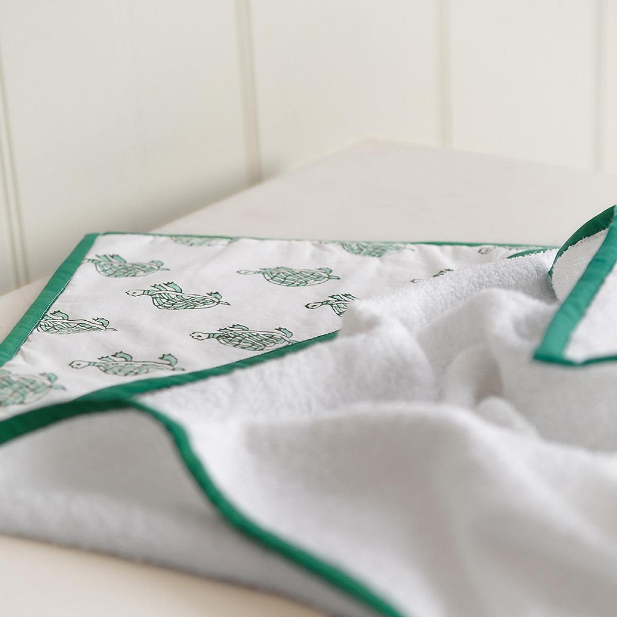 Green turtle hooded towel