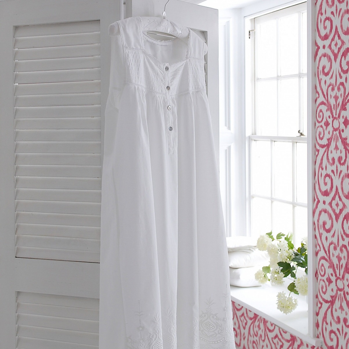 Rosemary White Cotton Nightdress