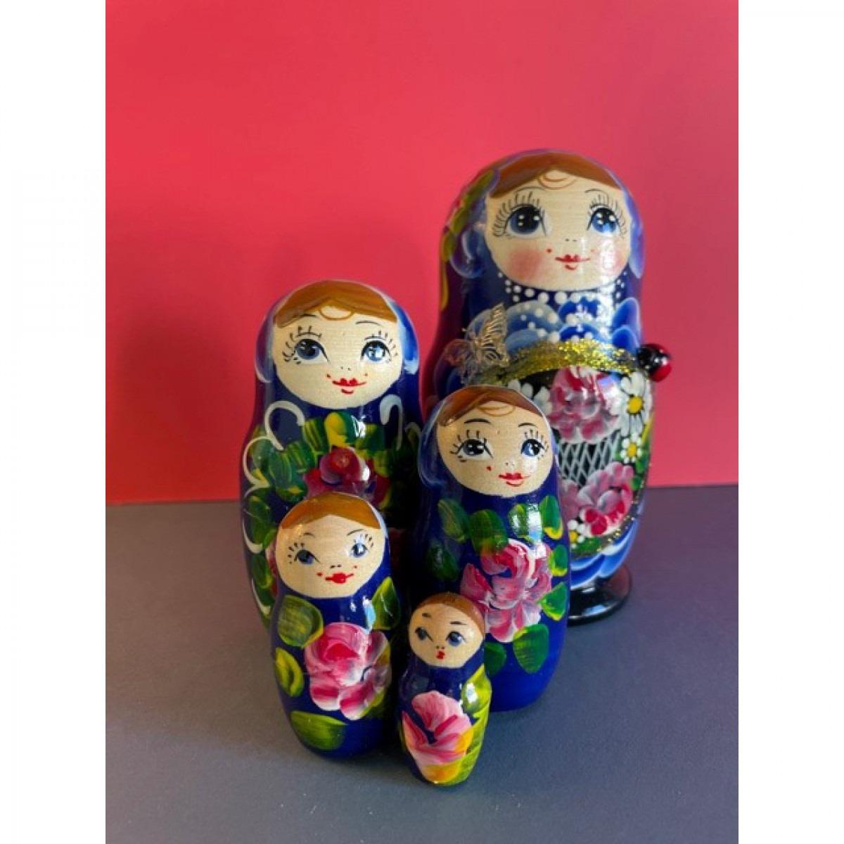 Russian Dolls Design 12