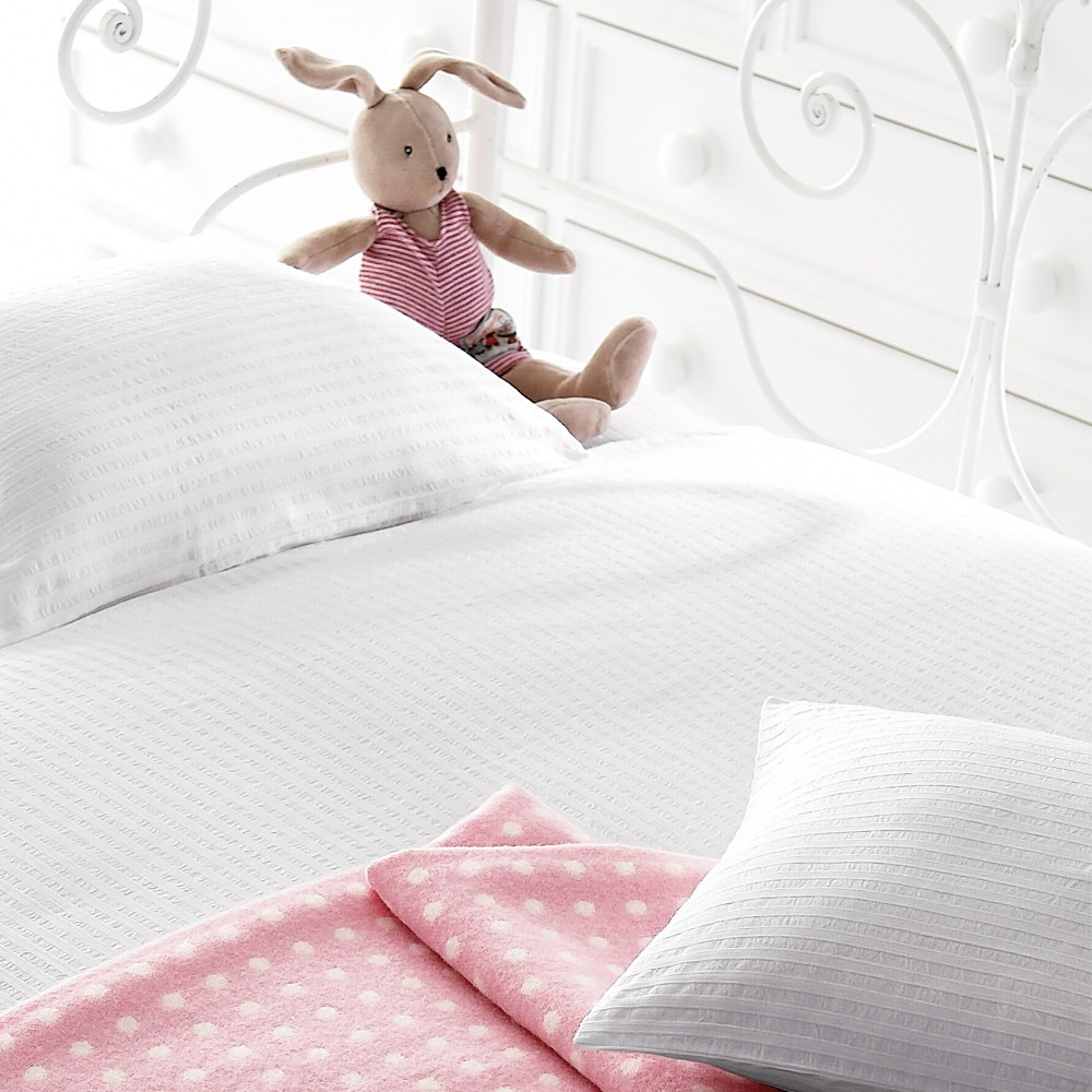 Children's White Seersucker Bedlinen