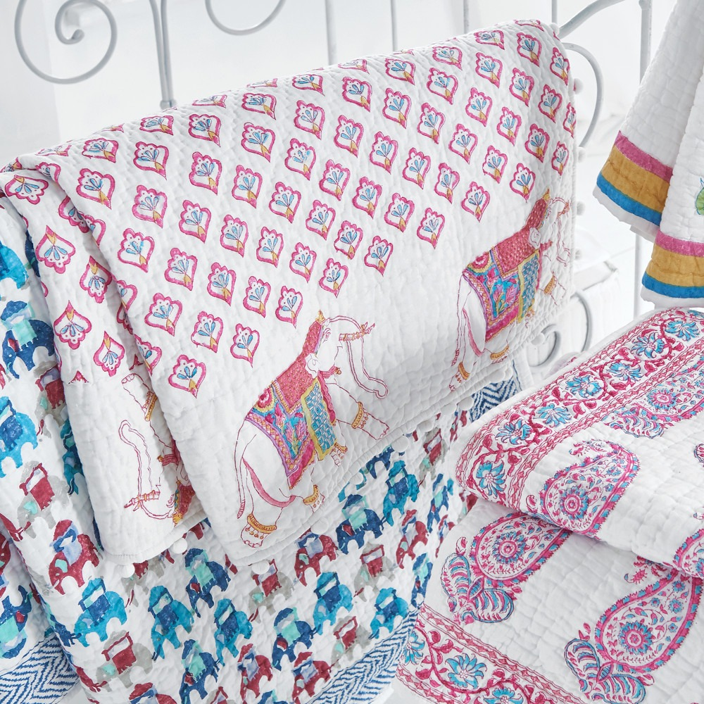 Pom Pom Elephants Cot Bed Quilt