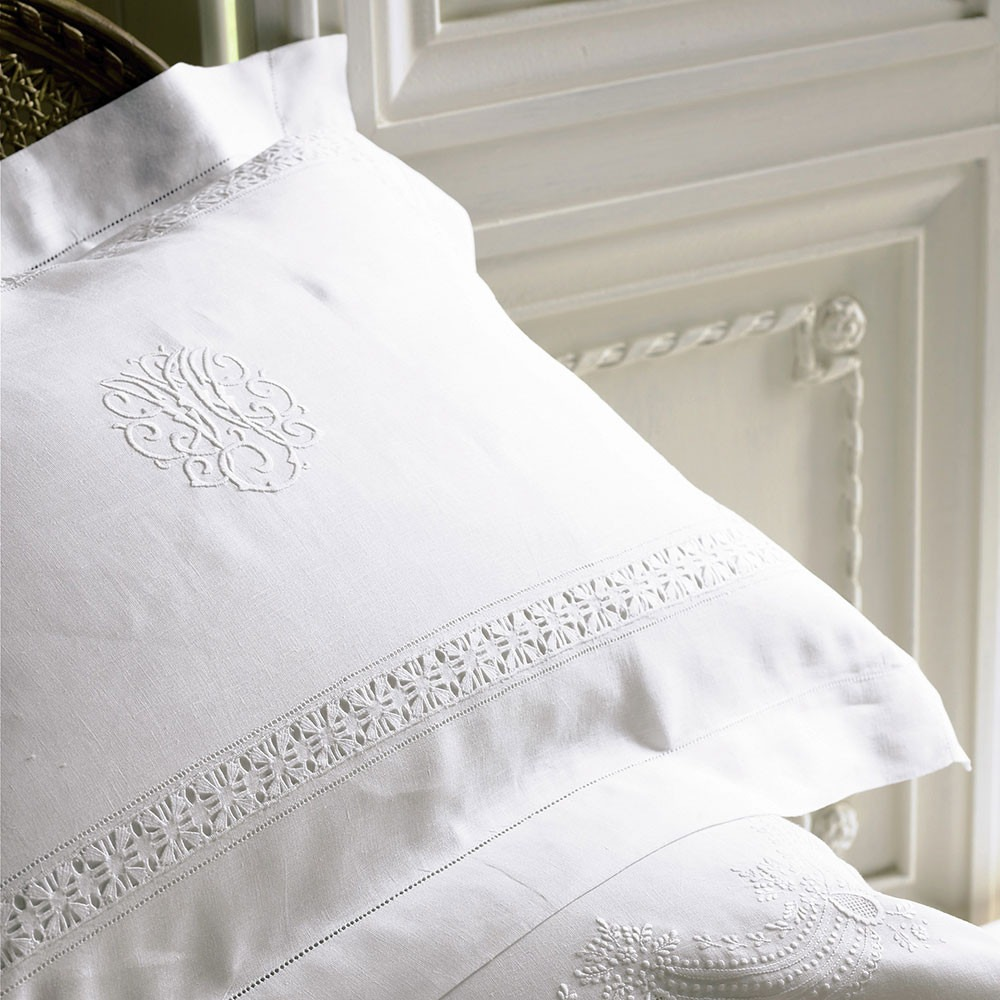 Gabrielle linen pillowcase