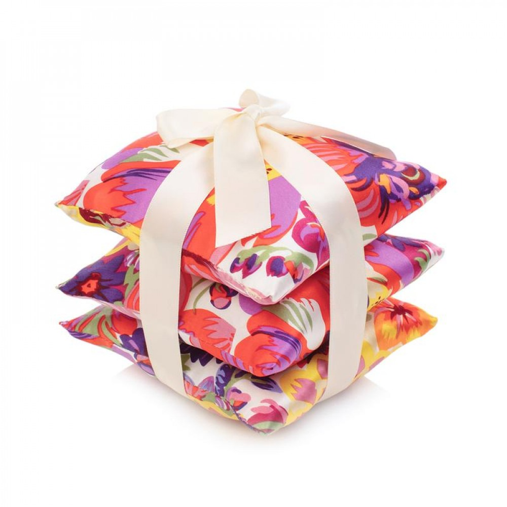 ElizabethW Bouquet Silk Scented Sachet Set