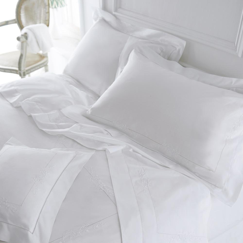 White Victoria Pure Cotton Bedlinen