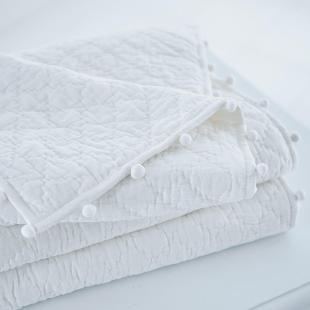 Pom Pom Quilts White