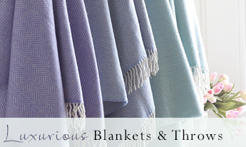 Luxurious Blankets And Throws