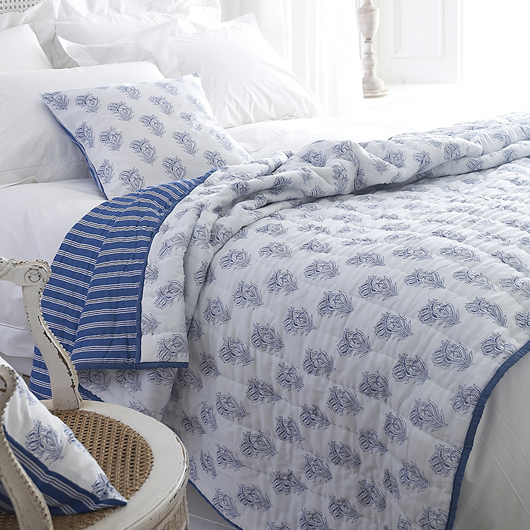 Pure Cotton Voile Bed Quilt Blue And White