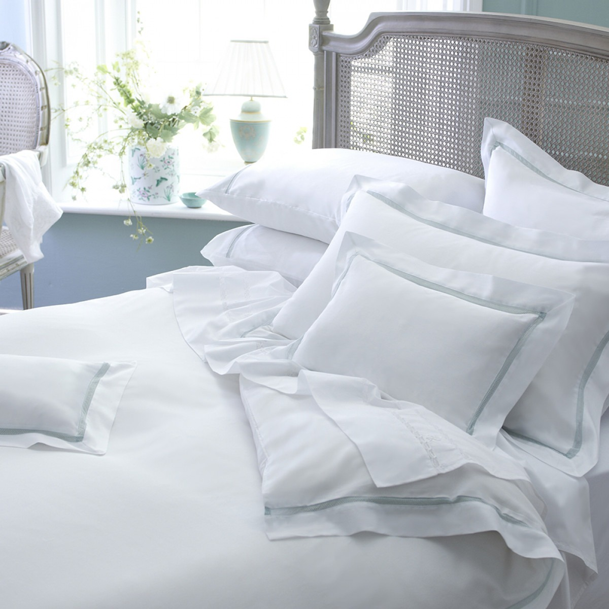White Cotton Bedlinen